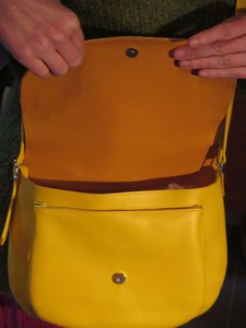 sac-Renee-jaune-ouvert